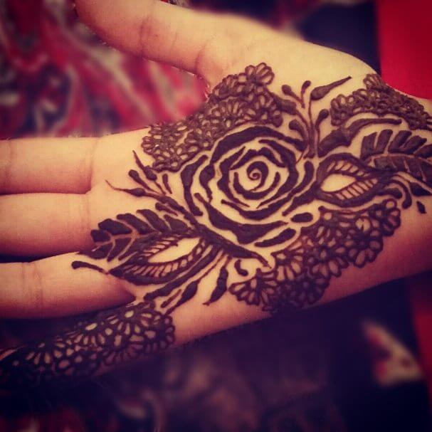 amazing mehndi design