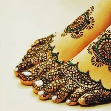 Simple Foot Mehndi Designs That you never seen before anywhere