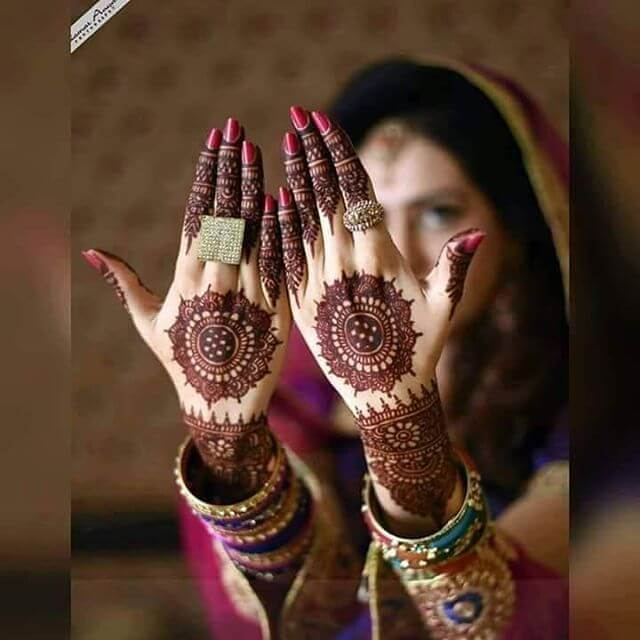 Bridal Backhand Mehndi Design Ideas in 2018