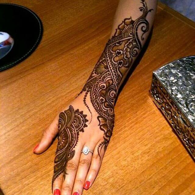 hand and arm mehandi art