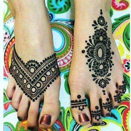 feet inspiring mehandi
