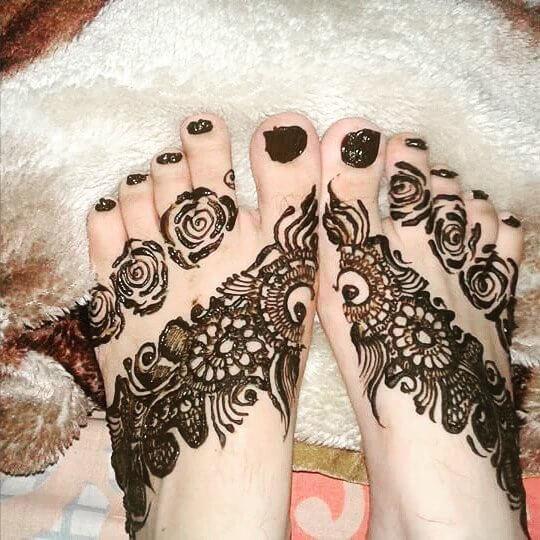 mehndi designs for foot in 2018