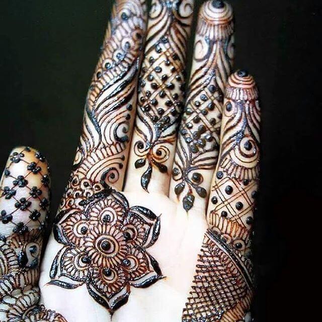mehndi design for college girl