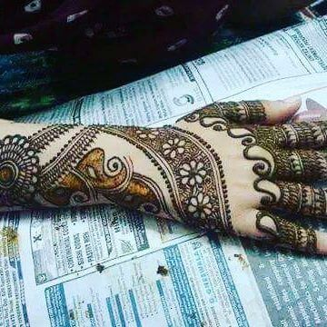 FOOT MEHANDI DESIGN