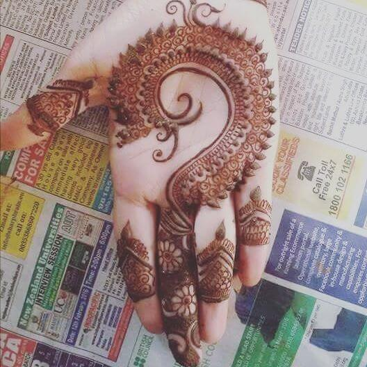 Best Front hand Mehndi Designs for Kids 2018