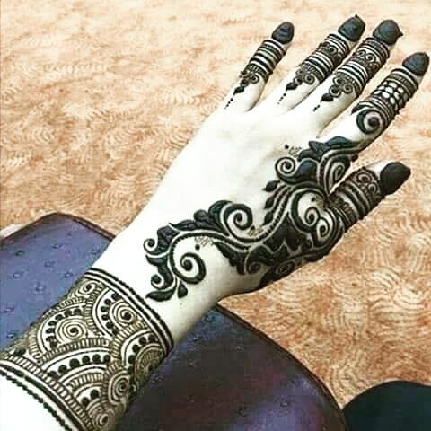 mehndi designs 2017 for children's hand