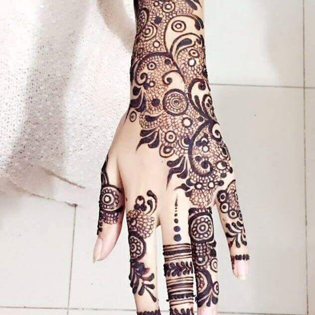 Henna back hand for kids
