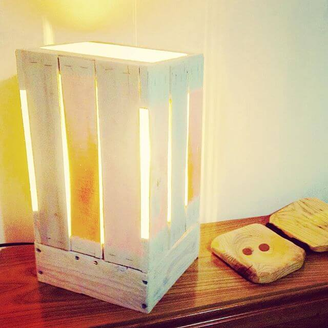 elegant pallet lamp for the bedroom