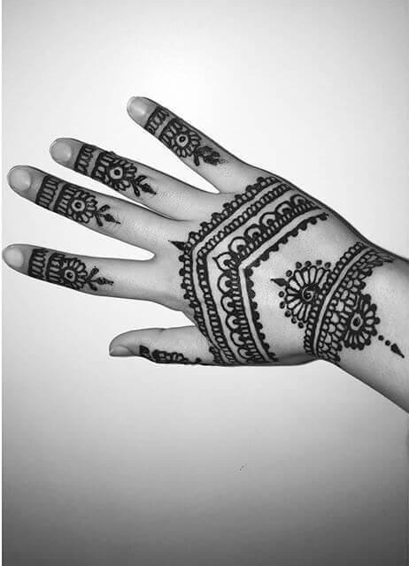 elegant henna designs