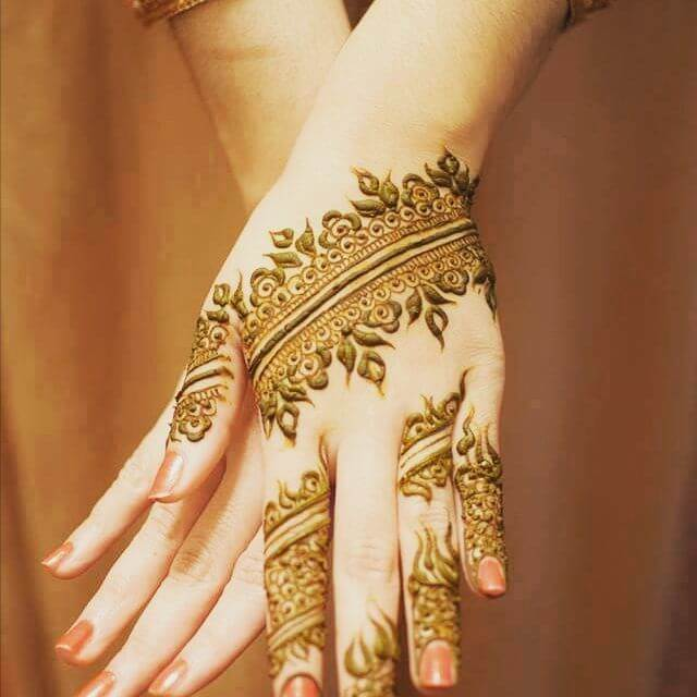 Beautiful Front hand Mehndi Designs for Kids 2018