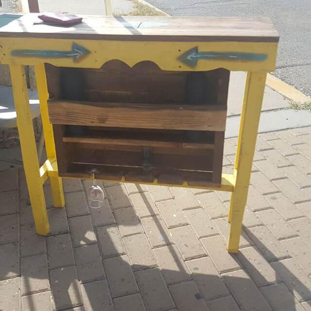 Handmade cheap pallet tables