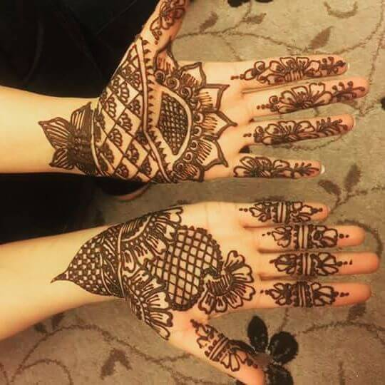 classy and beautiful mehndi design
