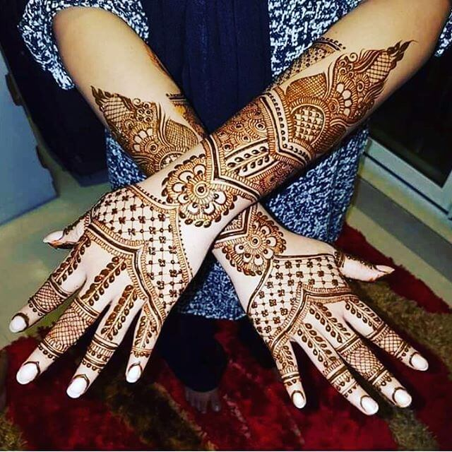 detailed mehndi designs for young girls