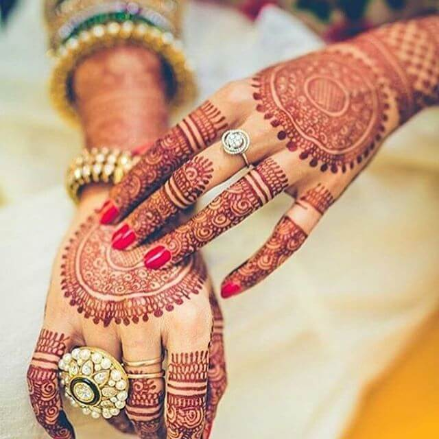 the latest trends in bridal mehndi design