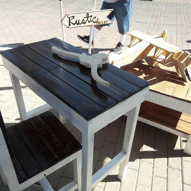 Small pallet tables for kids