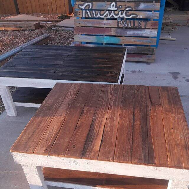 Tables that get complete with 2-4 benches