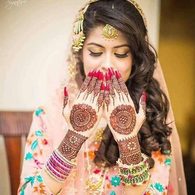 unique bridal mehndi design