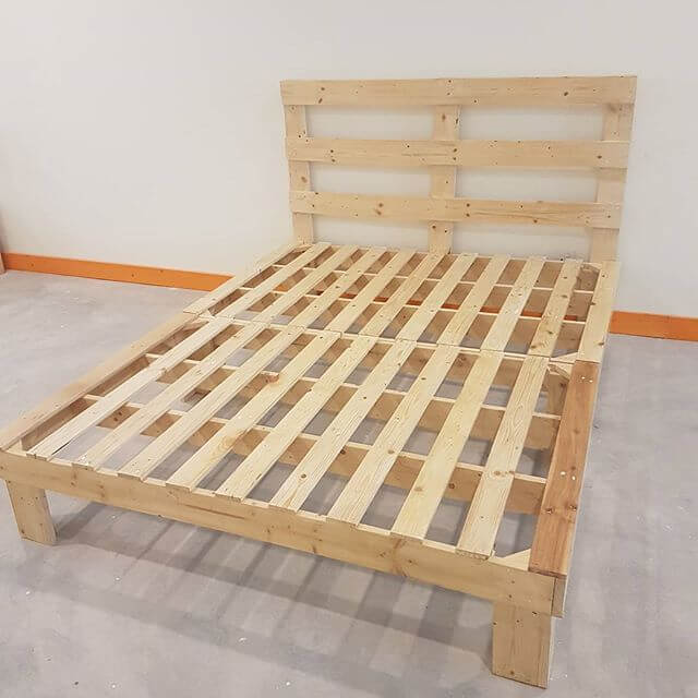compact pallet bed