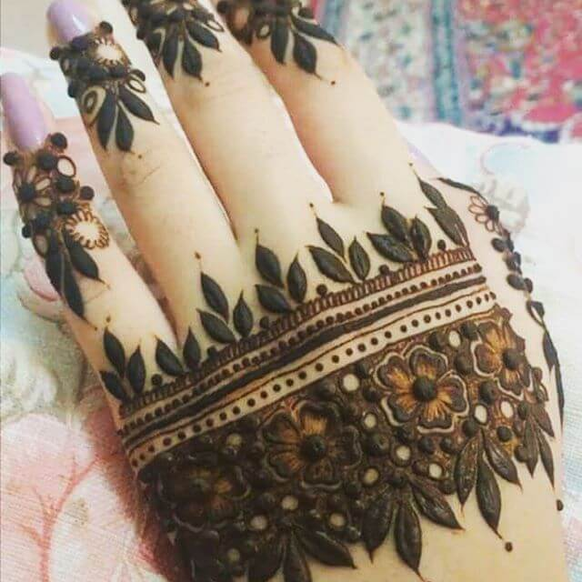 classy henna designs for backhand