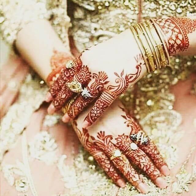 backhand mehndi design for bridal