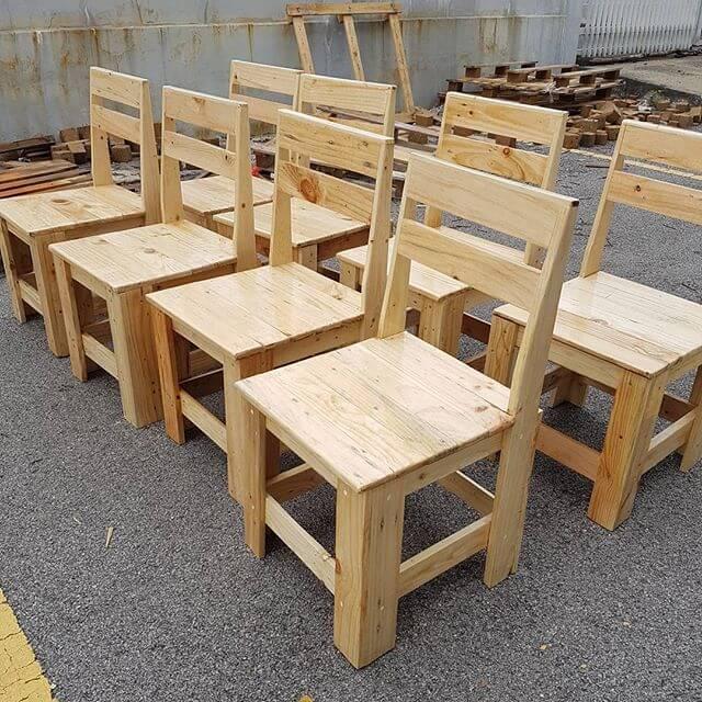 beautiful pallet chair for garden
