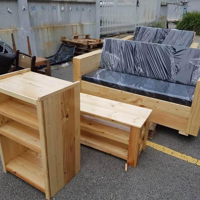 rustic pallet sofa