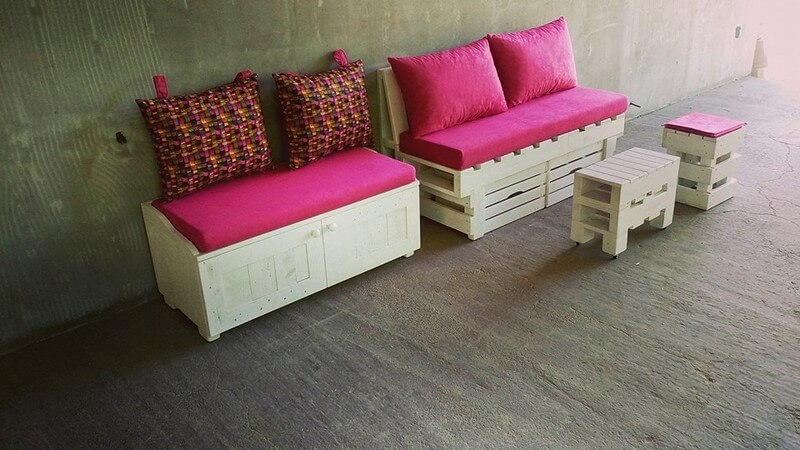 pinkish pallet lounge