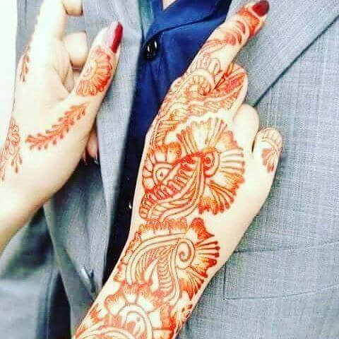 beautiful mehndi design for a bridal