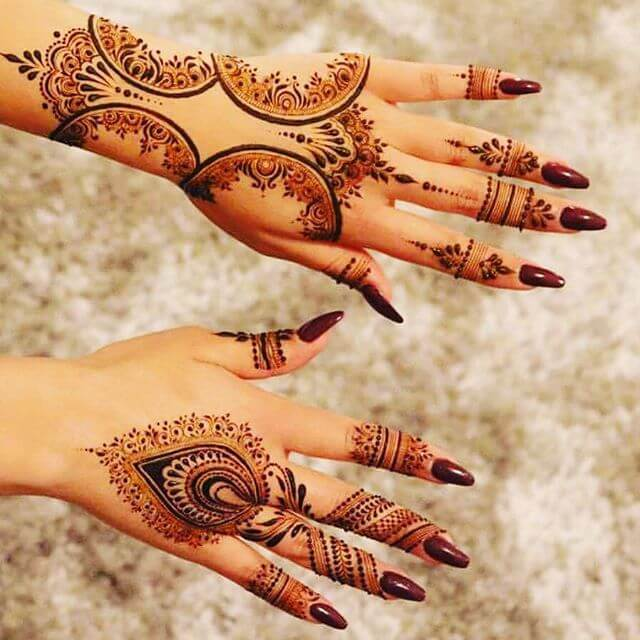 extremely beautiful henna art for backhand