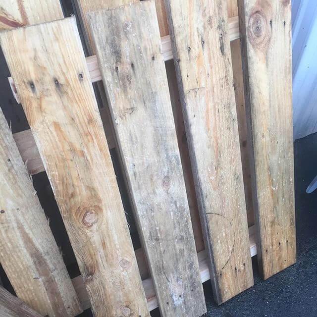 pallet in bulk amount