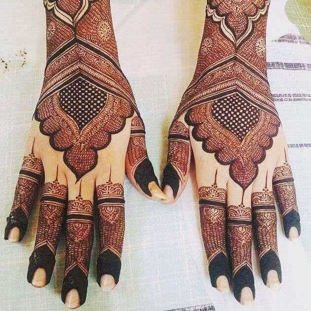 backhand mehndi design for bridal