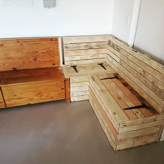 An easy way to make a contemporary and stylish pallet sofa