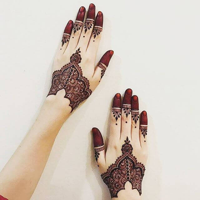 elegant  mehndi designs of 2018