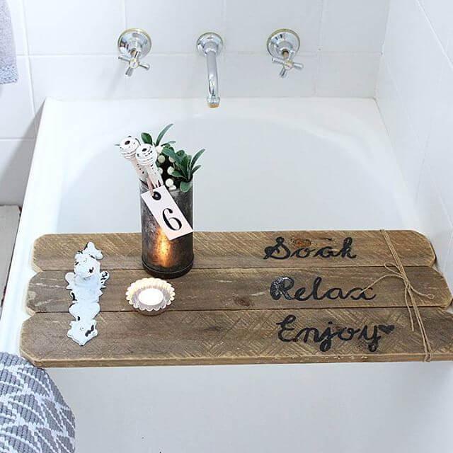 beautiful pallet bathtub tray