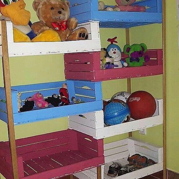 pallet toy storage rack