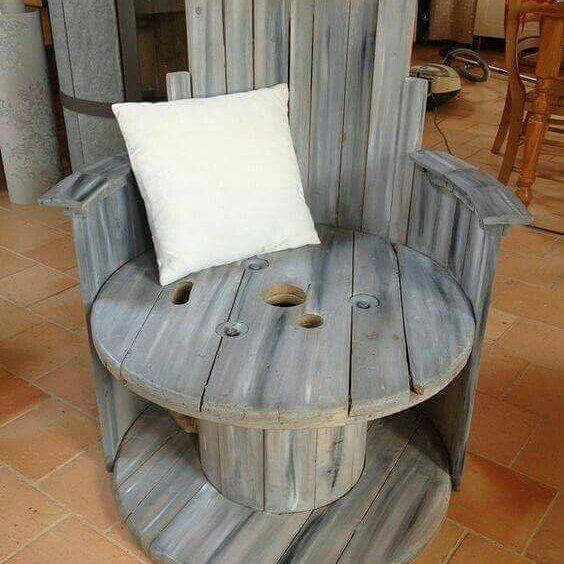 unique pallet chair