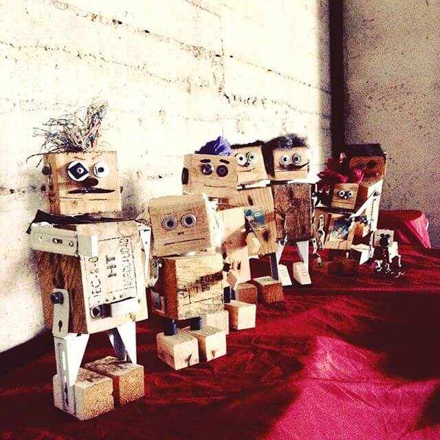 different Pallet robots crafty work
