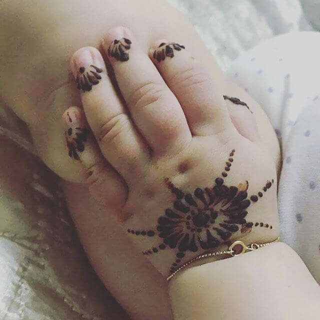 Mehndi Designs for Little Baby Or Kids Hands