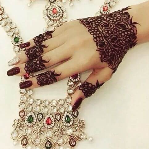 Dark Color BackHand Mehndi Designs