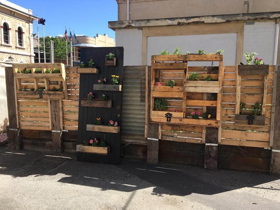 Vertical Wooden Pallets Vegetable Garde