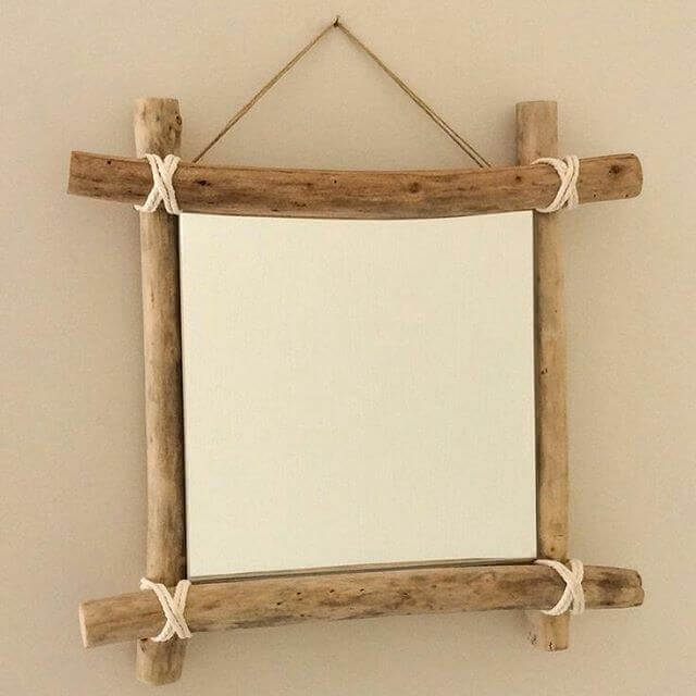 pallet mirror small and compact