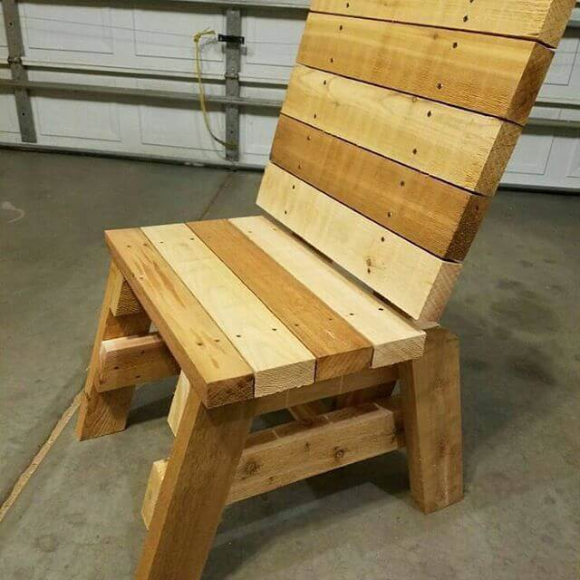 small pallet chair