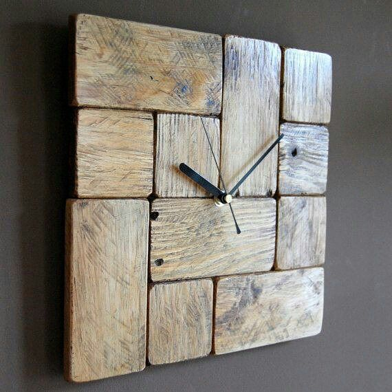 beautiful pallet clock