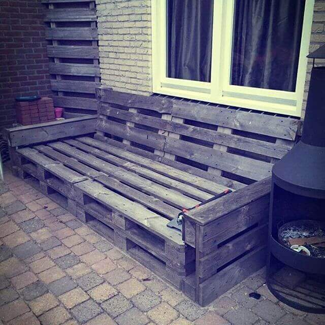 pallet rustic lounge from reclaimed wood
