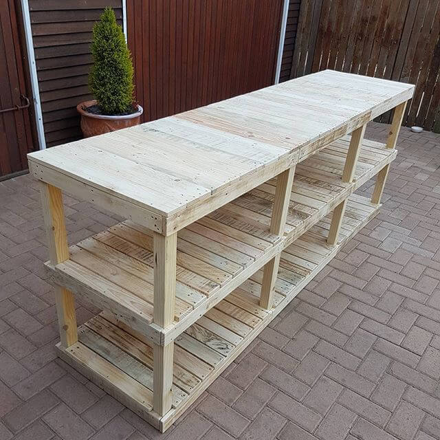 Pallet shelves and pallet racks