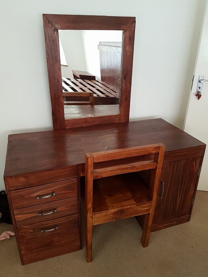 Dressing Table Specifically For The Small Rooms