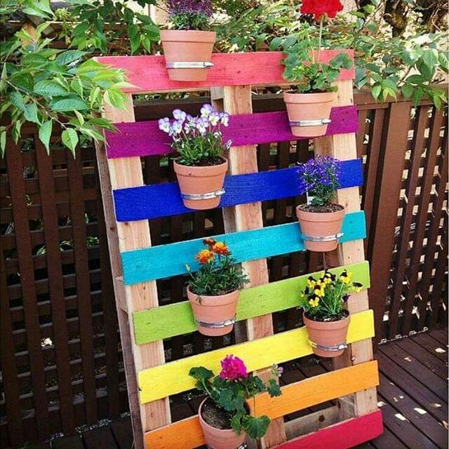 colorful pallet planter 2018