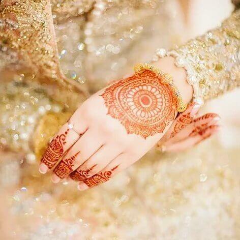 Bridal simple BackHands Mehndi Designs