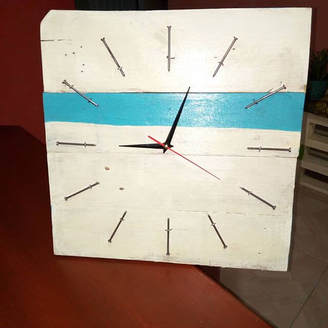 beautiful pallet watch