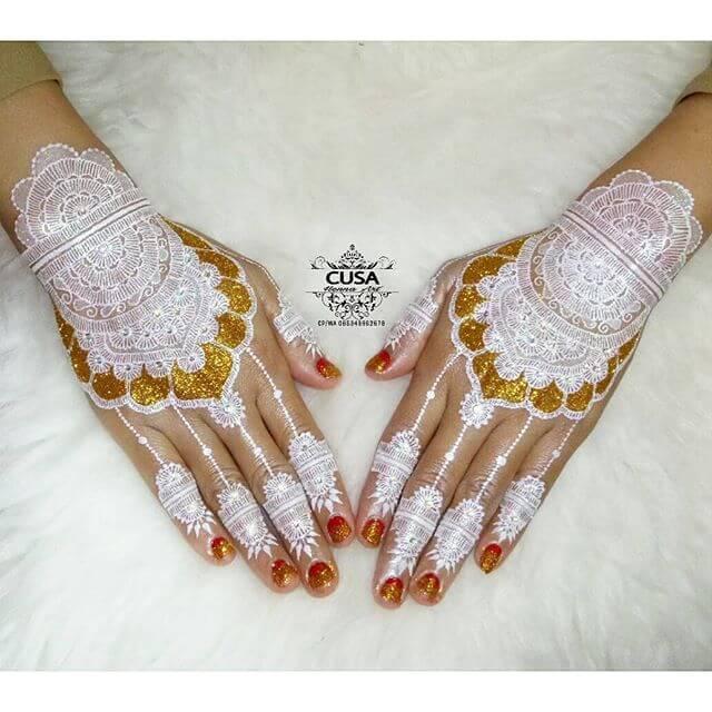 trendy glittery design of mehndi